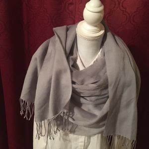 Accessories - Blanket scarf solid grey with fringe